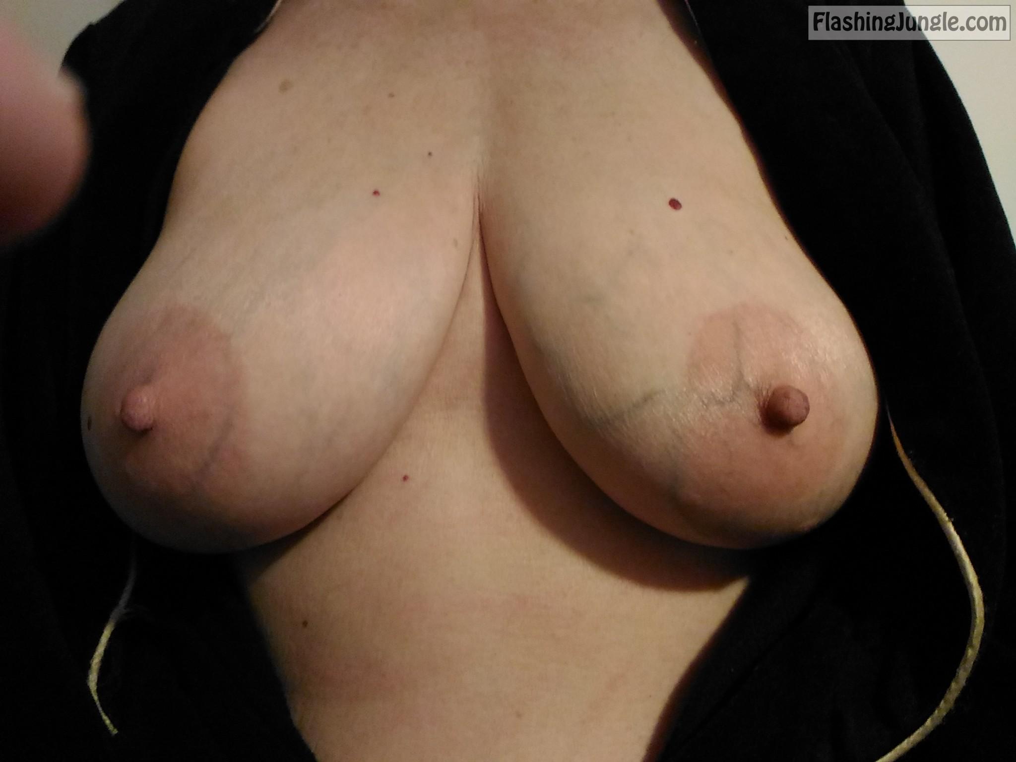 Tits naturel Big Natural