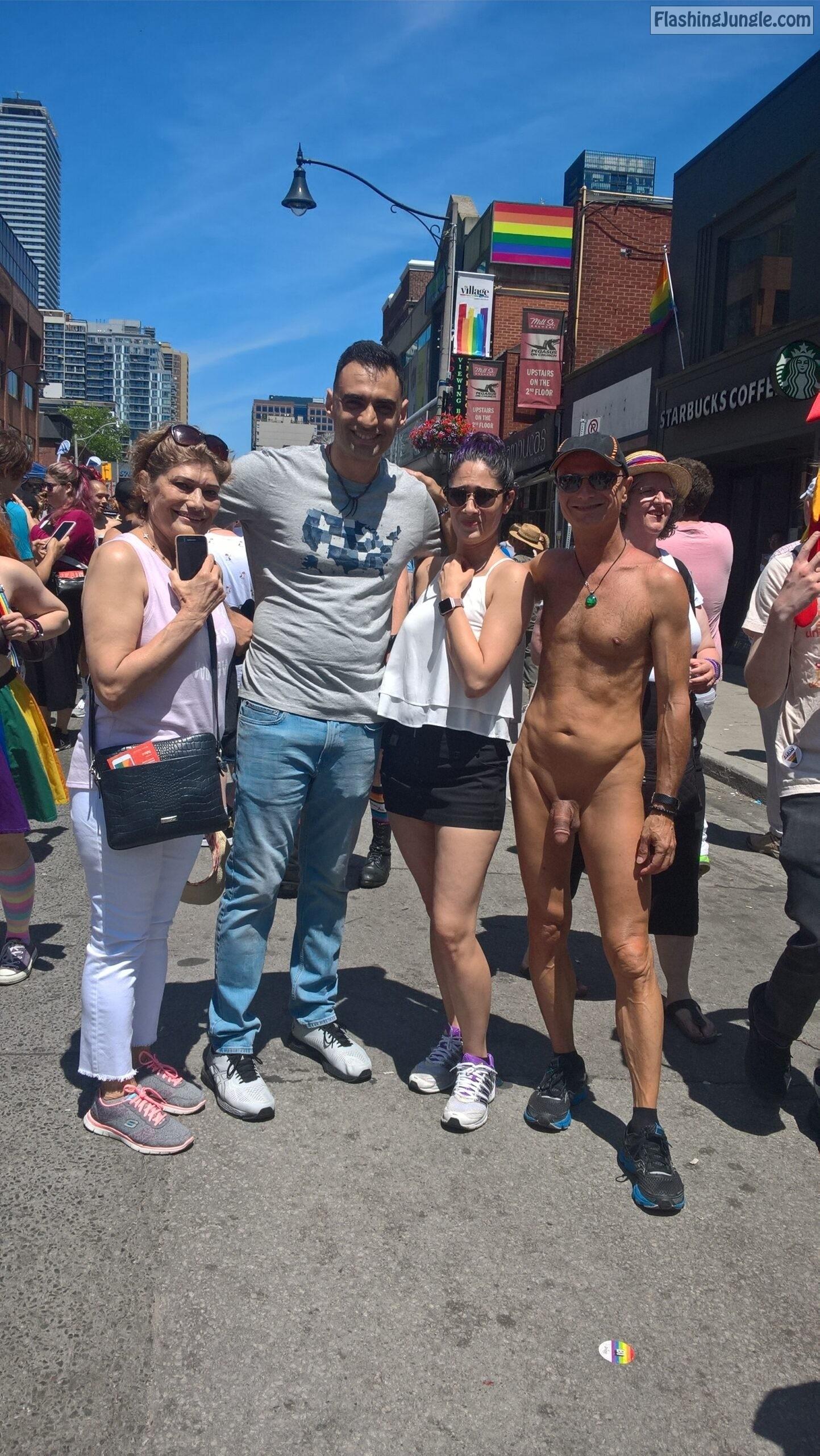 Real Amateurs Public Nudity Pics