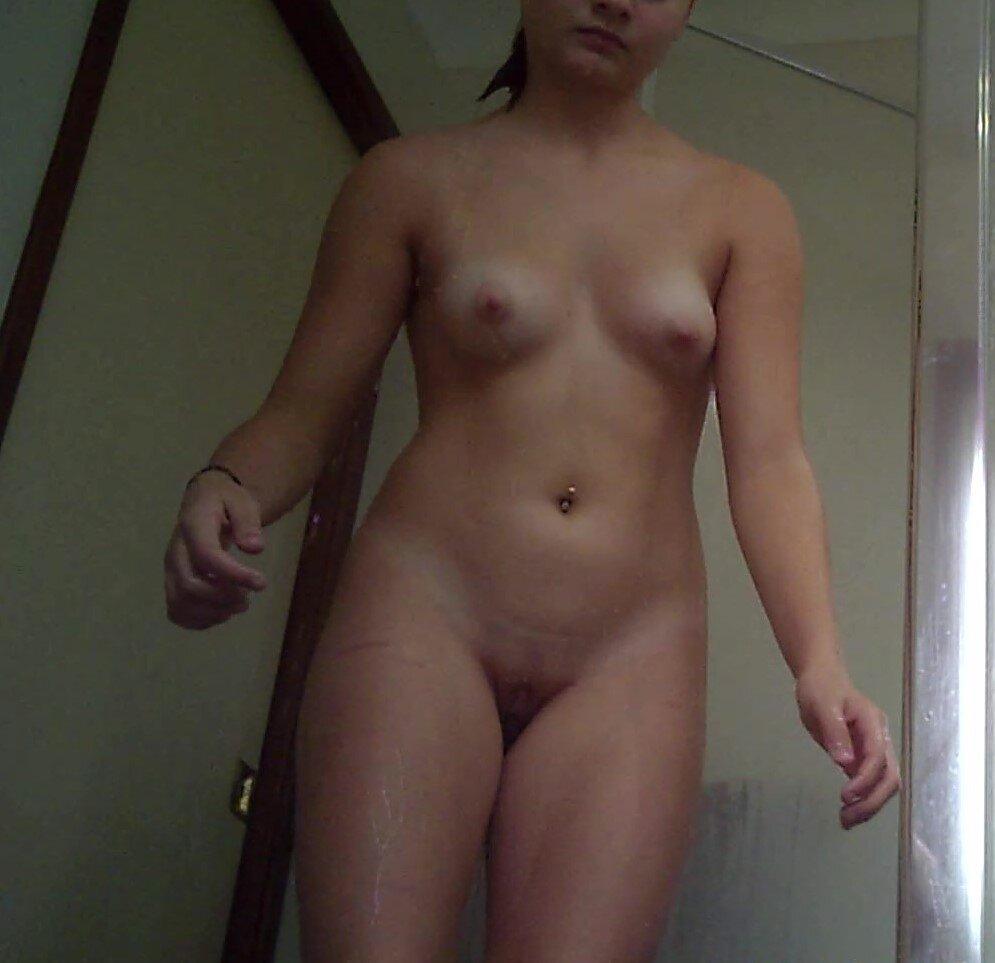 Real Amateurs Pussy Flash Pics No Panties Pics Hotwife Pics