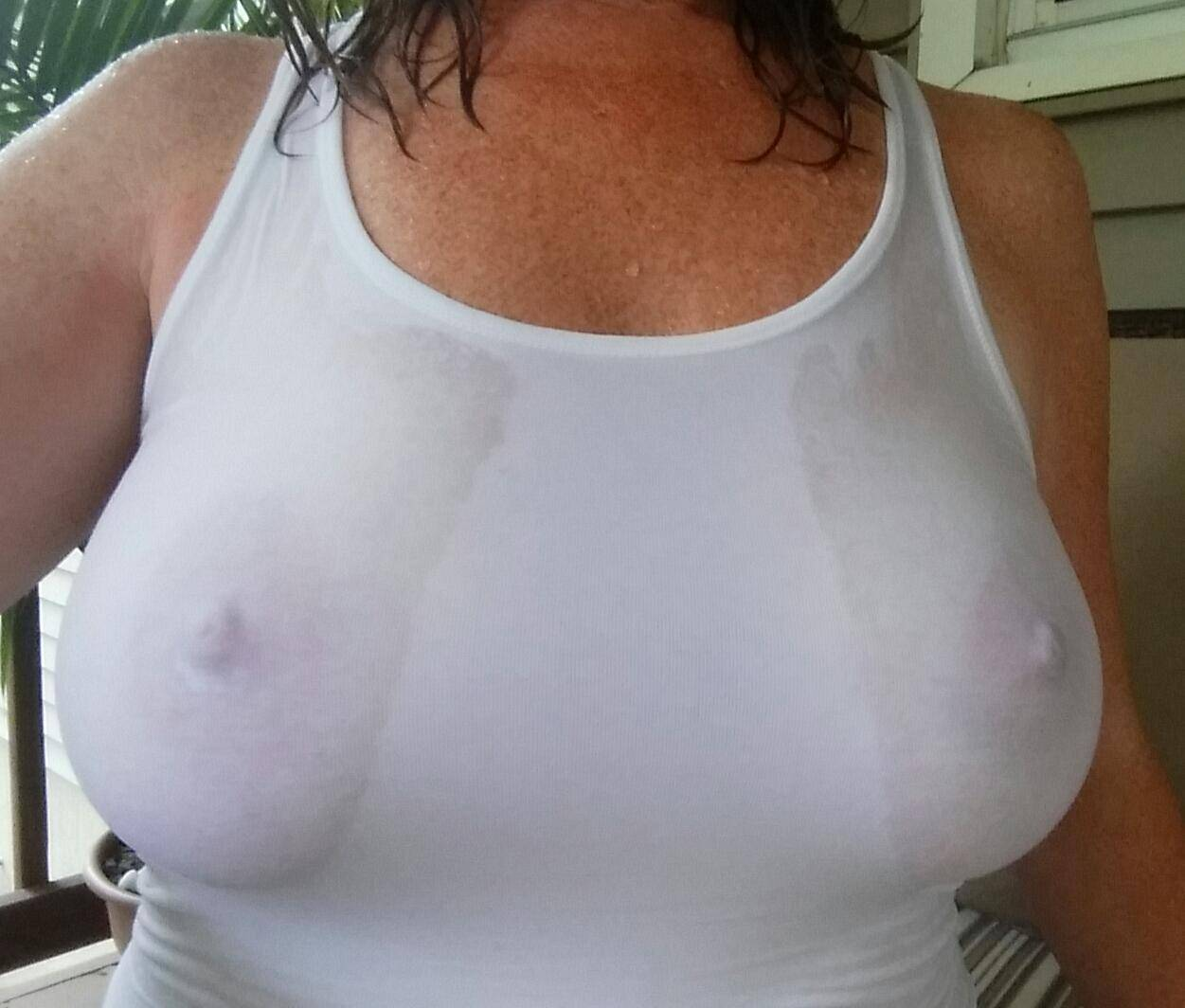 Hot summer time wet t shirt visible MILF nipples real nudity milf pics boobs flash